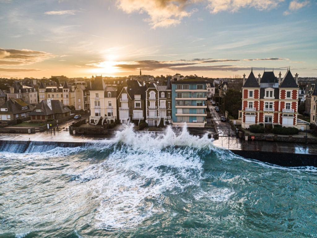 photo de grande marée à Saint-Malo après la tempete Ciara.