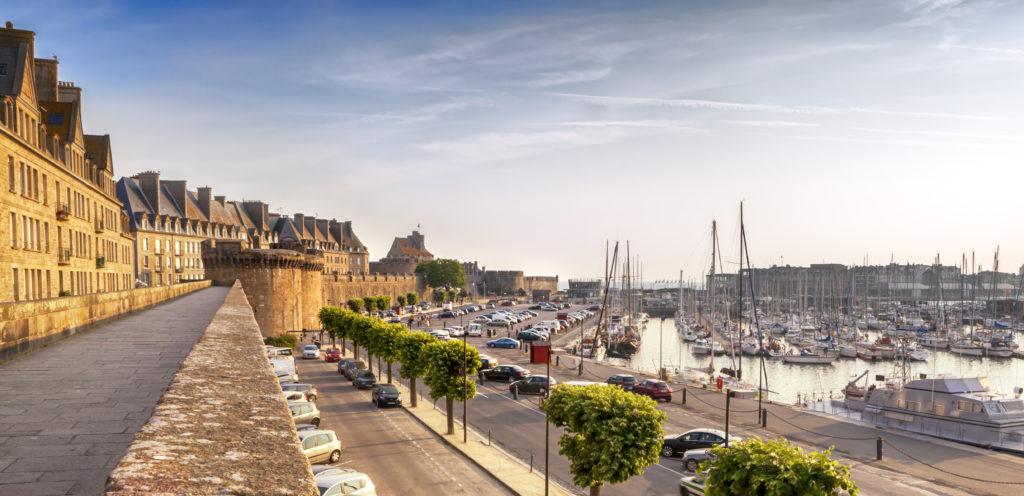 lieu de rencontre gay nice à Saint-Malo